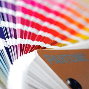 De grafische ontwerpers van Bset Media geven een uniek design aan uw offline marketing middelen.
